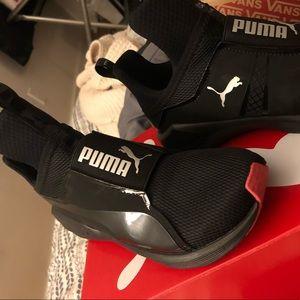 7787dfd19b94 Puma Shoes - Fierce core jr puma black- paradise pink